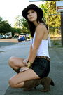 Vintage-belt-vintage-shorts-f21-top-uo-boots