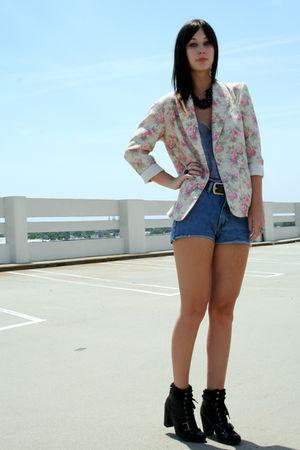 vintage blazer - American Apparel top - vintage shorts