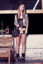 vintage bag - Harley Davidson boots - hemmed cow vintage shorts