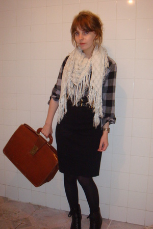 vintage scarf - vintage purse - vintage from Ebay shirt - American Apparel skirt