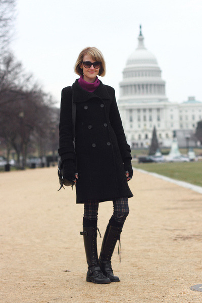 navy plaid Zara pants - black lace-up DKNY boots