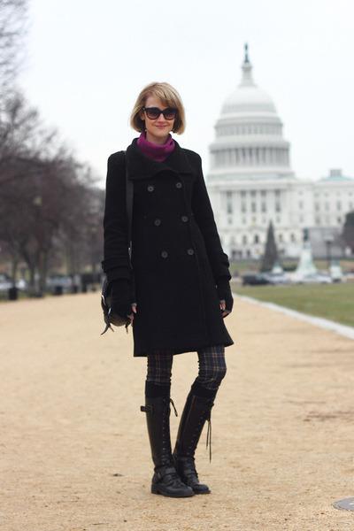 navy plaid Zara pants - black lace-up DKNY boots