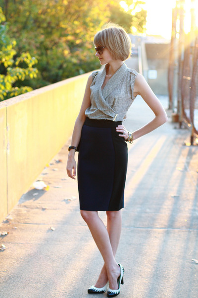 beige wrap top ann taylor blouse - black quilted Chanel bag