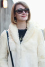 Fur-vintage-coat-gold-stripe-zara-jeans-mini-sophie-hulme-bag