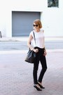 Black-destroyed-h-m-jeans-black-bucket-mansur-gavriel-bag