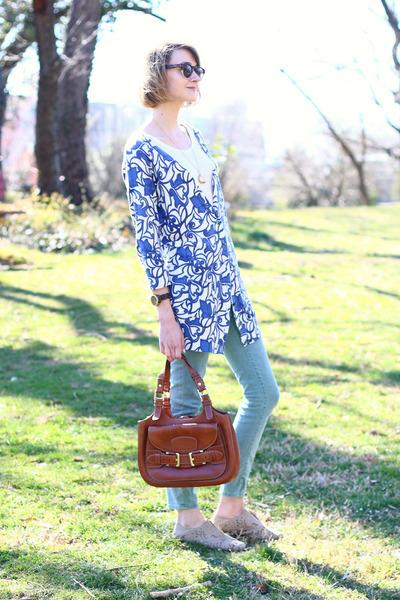 blue floral Anthropologie cardigan - aquamarine skinny Zara jeans