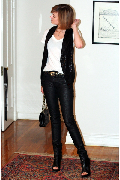H&amp;M vest - vintage belt - H&amp;M jeans - Givenchy boots - Chanel purse - Target t-s