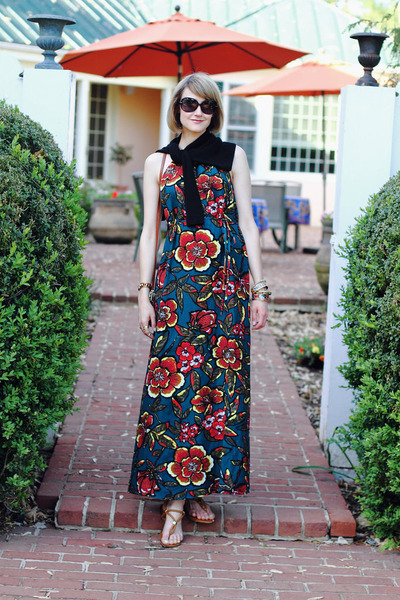 Forest-green-maxi-dress-loft-dress-black-cropped-topshop-sweater