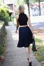 Black-crop-top-asos-top-black-pumps-theyskens-theory-shoes