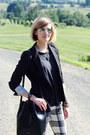 White-plaid-mother-jeans-black-fitted-zara-blazer