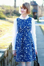 White-button-down-ann-taylor-shirt-blue-floral-print-zara-dress