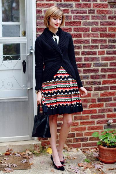 black shawl collar La Redoute sweater - black patent tote lamarthe bag