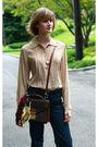 Beige-joseph-picone-blouse-blue-seven-jeans-beige-ralph-lauren-scarf-brown