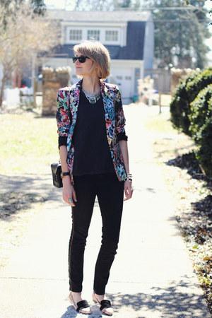 sky blue floral Zara blazer - black gold stripe Zara jeans