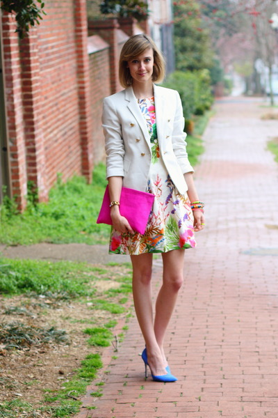 Bubble gum floral zara dresses white fitted zara blazers color bubble gum floral zara dress white fitted zara blazer mightylinksfo