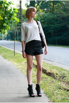 black Topshop shorts - beige Gap top - black KMRii purse - black Givenchy shoes