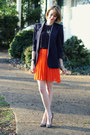 Carrot-orange-pleated-romwe-skirt-navy-vintage-blazer