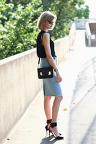 black mini Sophie Hulme bag - black skinny anthom belt - sky blue Zara skirt