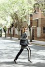 Black-long-blazer-oasis-coat-beige-turtleneck-banana-republic-sweater