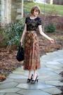 Brown-vintage-skirt-black-forever-21-top-black-finsk-shoes-black-kmrii-pur