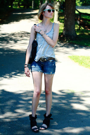 silver Lilka top - black 8020 shoes - blue abercrombie and fitch shorts - silver
