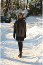 Brown-united-bamboo-coat-black-h-m-gloves-black-eloise-tights-brown-the-sc