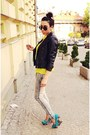 Black-zara-jacket-yellow-new-yorker-shirt