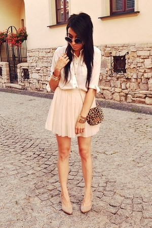 cream Bershka skirt