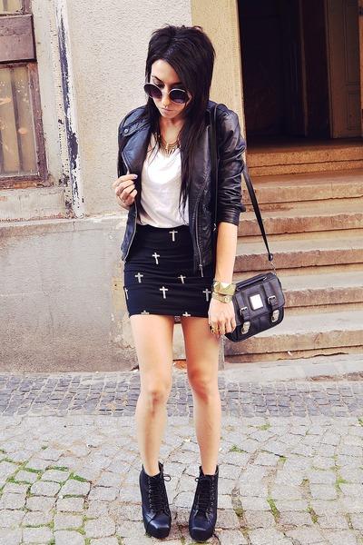 black Bershka skirt