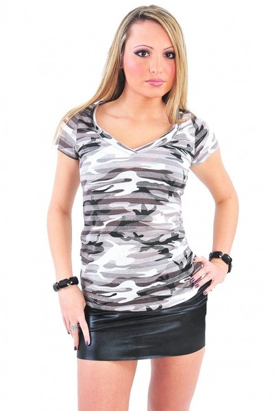 Diva Hot Couture top