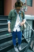 Carhartt jacket - Abercrombie jacket - Gap shirt - Topshop jeans - Dr Martens bo