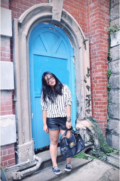 black leather H&M shorts - black Vans shoes - white stripes H&M shirt