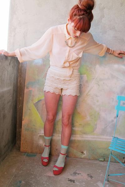 salmon flatform sandals - eggshell doily lace shorts - aquamarine Zara socks
