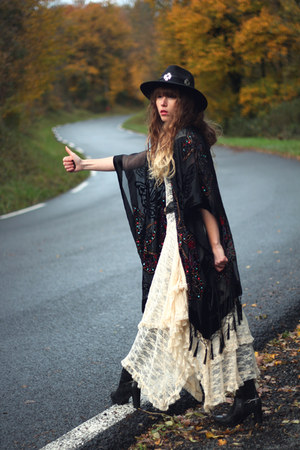 black Pepe Jeans boots - ivory free people dress - black Missguided hat