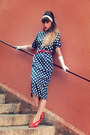 Navy-asos-dress-red-primark-sunglasses-red-vintage-belt-red-qsp-heels