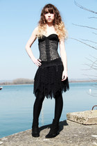 black Vedette intimate - black myrinne and me skirt - black Lollipops heels