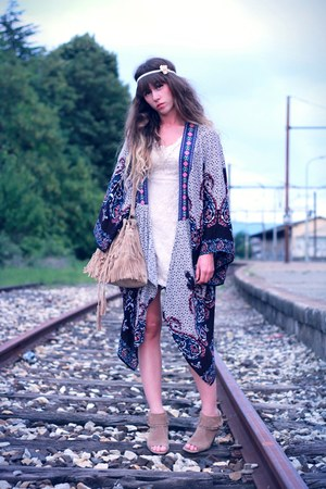 ivory Molly Bracken dress - sky blue UrbanOG jacket - beige Sammy dress bag