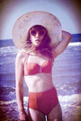 Ivory-missguided-hat-red-primark-sunglasses-red-asos-swimwear
