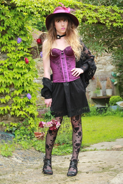 black Only One dress - magenta feathers asos hat - black asos tights