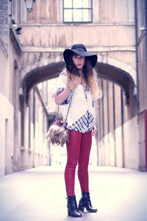 black Robert Clergerie boots - black H&M hat - black Vero Moda jacket