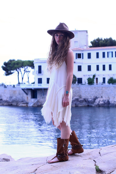 brown asos hat - ivory free people dress - dark brown Layer Boots sandals