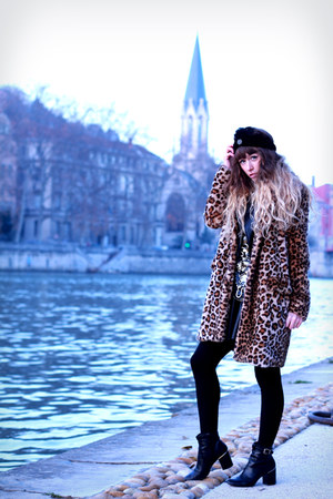 black Vero Moda jacket - tawny Zara coat - black asos skirt - gold vintage top