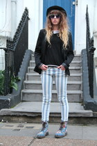 River Island jeans - Dr Martens boots - Outfitters Nation blazer - H&M t-shirt