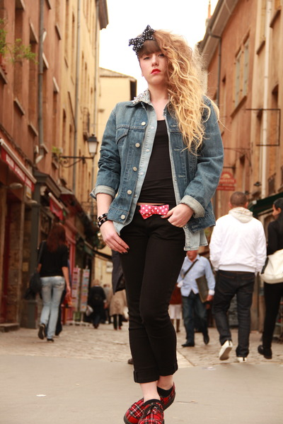 blue Levis jacket - black Zara pants - red new look flats