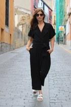 white Zara sandals - camel Polaroid sunglasses - black Zara bodysuit