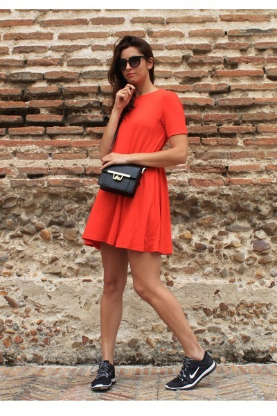 Red-zara-dress-black-nike-sneakers