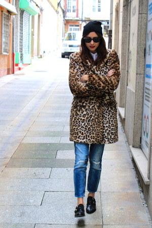 Zara coat - Zara jeans - Topshop hat