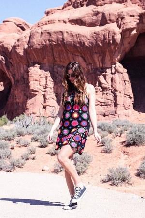 bubble gum H&M dress