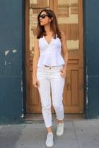 white Zara jeans - white Zara top - white Adidas sneakers