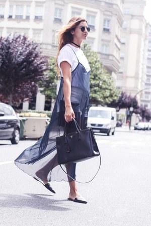 navy Zara dress - black Zara flats